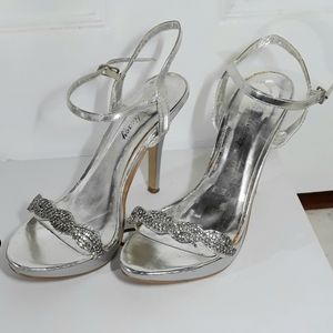 Delicacy Ankle Strap Heels Silver 6.5